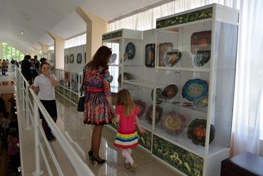 Тагильские подносы оценили в Казахстане
