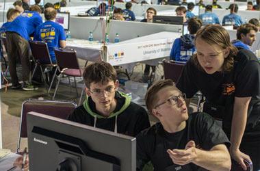 Студенты из России удачно выступили на чемпионате мира по программированию в США