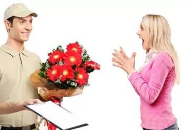 Эффектные букеты от флористов: дарите праздник!