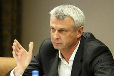 Сергей Носов подал документы в избирком Нижнего Тагила