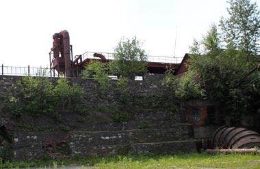 Идёт ремонт плотины Тагильского пруда