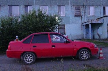 6-летняя девочка была сбита машиной во дворе дома на Смычке