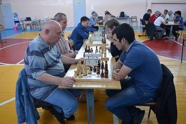 Международный мастер Погромский выиграл шахматный блиц-турнир