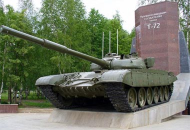 УВЗ будет поставлять запчасти для танков Т-72 в Казахстан
