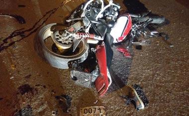 В Бисерти байкер врезался в кроссовер и погиб