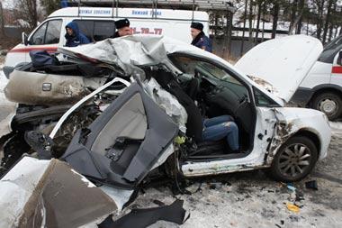 Разыскиваются очевидцы ДТП на Южном подъезде, в котором погибли 2 человека