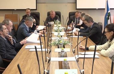 Депутаты гордумы утвердили корректировку бюджета-2018