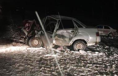 На 101 км Тюменского тракта в ДТП погибли 2 человека и трое ранены