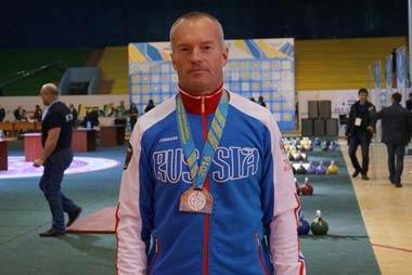 Тагильчанин Сергей Бестужев выиграл чемпионат страны по гиревому спорту