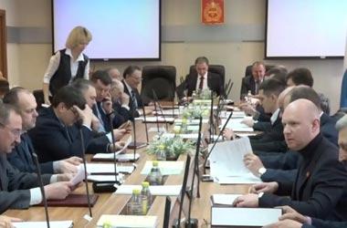 Депутаты гордумы единогласно утвердили отставку Сергея Носова с поста мэра Нижнего Тагила