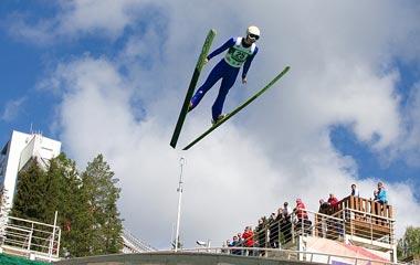 Тагильский двоеборец удачно выступил на домашних трамплинах и завоевал две медали