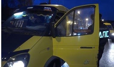 Тагильские маршрутчики нарушают  ПДД при перевозке пассажиров: сотрудники ГИБДД выявили многочисленные нарушения