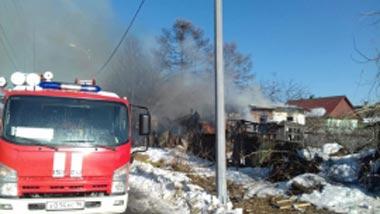 На 9-ом поселке мужчина погиб во время пожара в частном доме