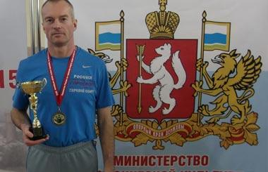 Тагильчанин выиграл первенство страны по гиревому спорту