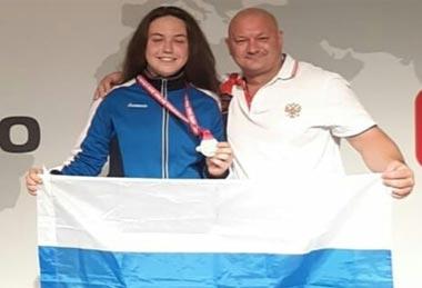 Тагильчанка Анна Возмилова выиграла чемпионат мира по жиму лежа