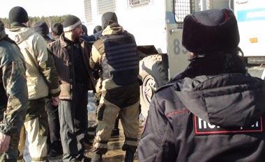 Тагильчанин прописал в нежилом помещении тысячи гастарбайтеров, его ждёт суд