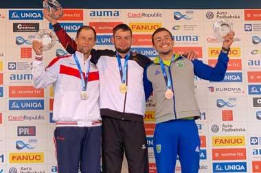 Тагильчанин завоевал серебряную медаль на чемпионате мира по гребному слалому