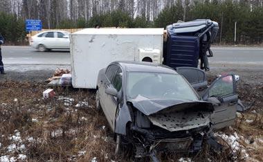 Два человека пострадали в ДТП на 120 км серовской трассы под Нижним Тагилом