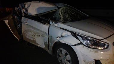 Hyundai Solaris врезался в грузовик на серовской трассе под Нижним Тагилом