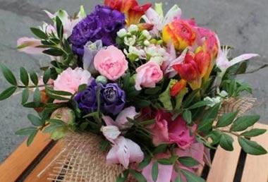 Заказывайте букеты с доставкой в Нижнем Тагиле через профессионалов